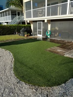 Before & After Installing Synthetic Turf in Lutz, FL (2)